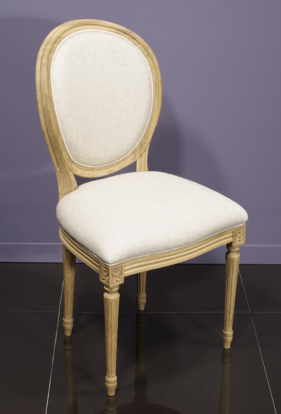 meuble en chne chaise simon ralise en chne massif de style louis xvi finition chne bross tissu. Black Bedroom Furniture Sets. Home Design Ideas