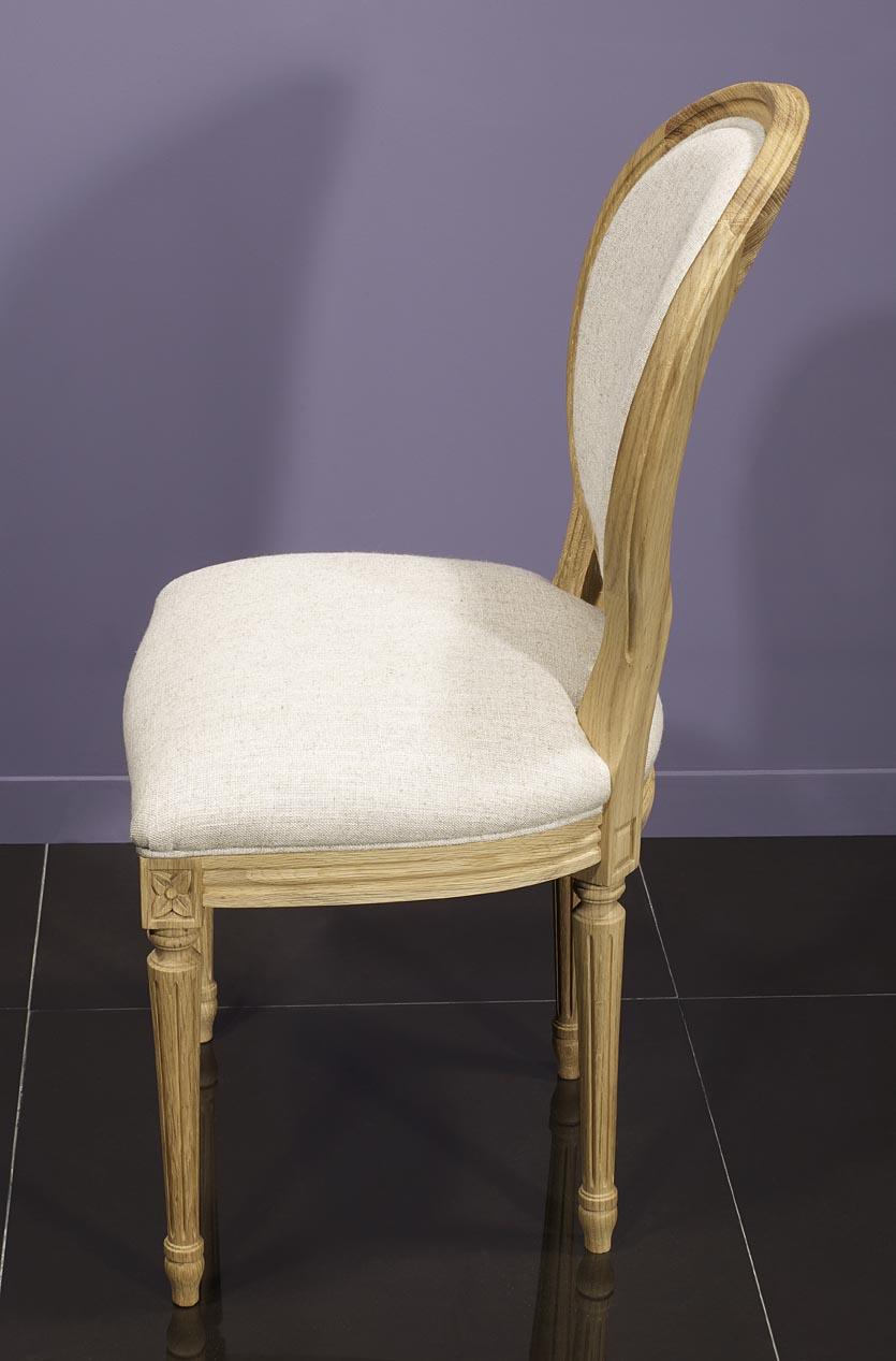 Meuble en chne chaise simon ralise en chne massif de style for Recouvrir des chaises en tissu